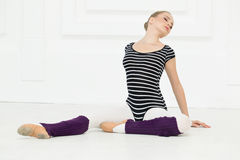 Schöne Mädchenballerina stockbilder