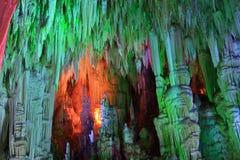 Schöne magische Untertagehöhle Lizenzfreies Stockbild