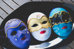 Schöne Masken gemacht in der venetianischen Art mit Acrylfarbe Lizenzfreie Stockbilder