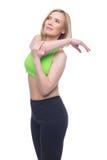 Schöne mittlere Greisin, die Sportübung tut Stockfotos