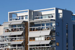 Schöne moderne Wohnungen in Schweden Stockfotografie