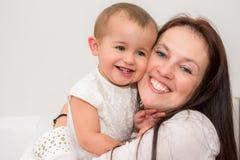 Schöne Mutter Lizenzfreie Stockfotos