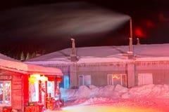 Schöne Nacht im chinesischen Schnee-Dorf Lizenzfreie Stockbilder
