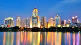 Schöne Nachtlandschaft von Nanhu-Park Lizenzfreies Stockfoto