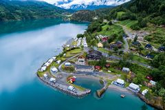 Schöne Natur-Norwegen-Vogelperspektive des Campingplatzes zum sich zu entspannen Lizenzfreie Stockfotos