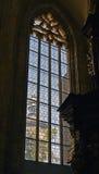 Schöne neogothic Glasfenster Stockfoto