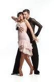 Schöne Paare in der aktiven Standardtanz Lizenzfreie Stockbilder