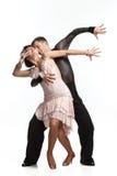 Schöne Paare in der aktiven Standardtanz Stockfotografie