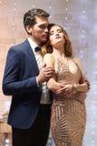 Schöne Paare in der Liebe Stockbild