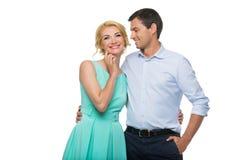 Schöne Paare, die das Umarmen halten Stockbild