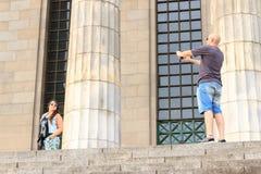 Schöne Paare, die Fotos machen Lizenzfreies Stockfoto