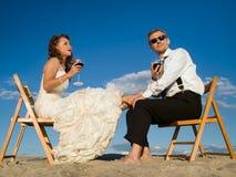 Schöne Paare vor dem blauen Himmel Lizenzfreie Stockfotos