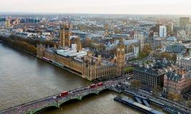 Schöne panoramische szenische Ansicht über Londons südliches Teil von w Lizenzfreie Stockfotos