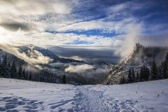 Schöne polnische Berge stockfoto