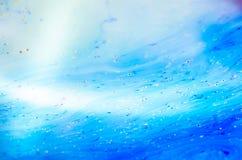 Schöne psychedelische Abstraktion bildete sich durch Licht auf der Oberfläche einer Seifenblase Lizenzfreie Stockfotos