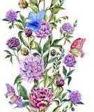 Schöne purpurrote Pfingstrose blüht auf Stämme mit grünen Blättern und hellen den Schmetterlingen, die auf ihnen sitzen Nahtloses Stockfotografie