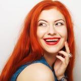 Schöne redhair Frau lizenzfreie stockbilder