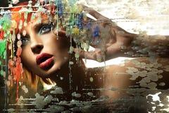 schöne Redheaddame Stockfotos