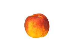 Schöne rot-gelbe Pfirsichnahaufnahme auf einem weißen Hintergrund Stockfotos