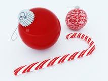Schöne rote Feiertagsdekorationen mit einem Zuckerrohr Stockfoto