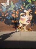 Schöne Schmetterlings-Dame lizenzfreie stockfotos