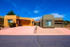Schöne Sedona-Häuser Stockbild