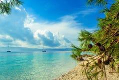 Schöne Seeansicht über Insel Brac in Kroatien Lizenzfreie Stockbilder