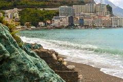 Schöne Seebucht im Sommer ADRIATISCHES MEER montenegro Lizenzfreie Stockfotos