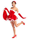 Schöne sexy Frau, die Weihnachtsmann-Kleidung trägt Lizenzfreie Stockfotografie