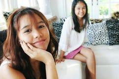 Schöne siamesische Mädchen Lizenzfreie Stockbilder