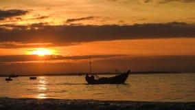 Schöne Sonnenaufgänge und Sonnenuntergänge stockfotos