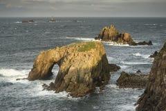 Schöne Sonnenaufganglandschaft des Land's End in Cornwall England Lizenzfreies Stockbild