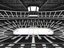 Schöne Sportarena für Eishockey mit schwarzen Sitzen und Promi-Kästen Stockfotos