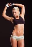 Schöne starke Sportlerin Lizenzfreie Stockfotografie