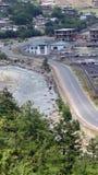 Schöne Straße in Bhutan stockbild