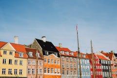 Schöne Straße von Nyhavn in Dänemark stockfotos