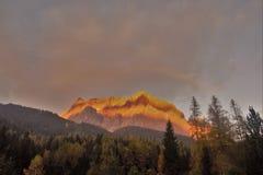 Schöne sunstripes auf Zugspitze Lizenzfreie Stockfotografie