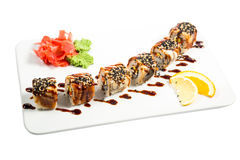 Schöne Sushi mit Soße Lizenzfreies Stockbild