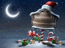Schöne Szene des Weihnachtszeichens draußen Nacht Stockbild