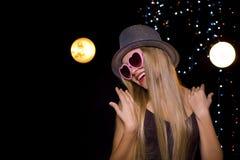 Schöne Tänzerin in einer Disco Lizenzfreie Stockbilder