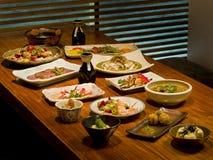 Schöne Tabelle der japanischen Nahrung Stockfotografie
