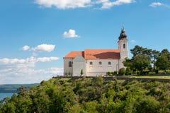 Schöne Tihany-Abtei bei Plattensee, Ungarn Lizenzfreie Stockfotos