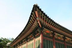 Schöne traditionelle Architektur in Seoul, Korea, öffentlicher Ort Stockbild