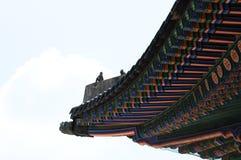 Schöne traditionelle Architektur in Seoul, Korea, öffentlicher Ort Stockfotografie
