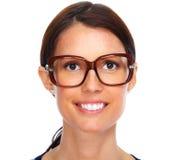 Schöne tragende Brillen junger Dame Stockbild