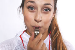 Schöne und des Athleten junge Frau mit Pfeife Stockbilder