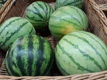 Schöne und geschmackvolle Wassermelonen, damit Sie genießen lizenzfreie stockbilder