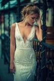 Schöne und stilvolle Dame Stockfoto