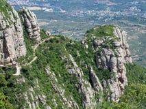 Schöne ungewöhnliche geformte Berge in Mont-serrat, Spanien Lizenzfreies Stockbild