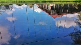 Schöne Wasser-Reflexion Stockfotos